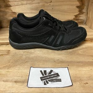 Skechers memory foam all black sneakers shoes
